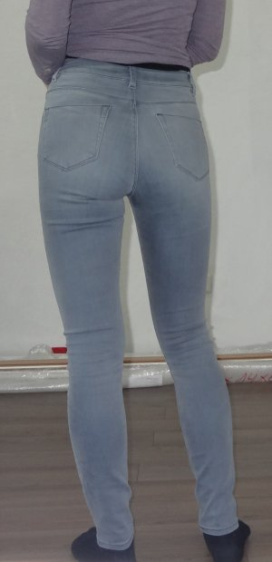 ASOS Jeans in blaugrau 28