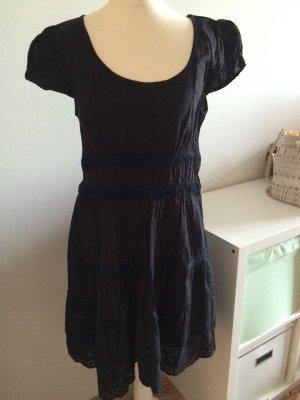 Asos Kleid 38 M schwarz Spitze Häckel Weihnachten Silvester