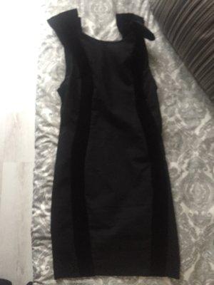Asos Kleid mit Schleife
