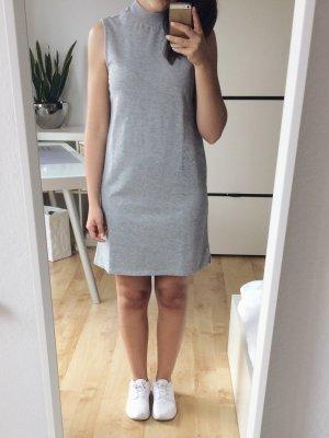 ASOS Kleid Shirtkleid grau Rollkragen Gr. 32 34