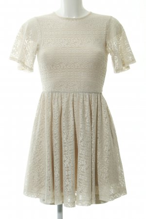 Asos Shortsleeve Dress cream loosely knitted pattern romantic style