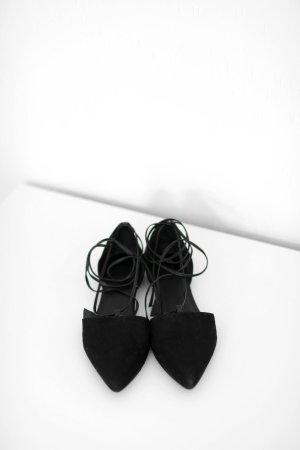 Asos Lace Up Pointy Flats Ballerinas schwarz Gr. 38 Kunstleder Vintage Stil