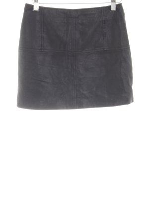 Asos Falda de cuero negro look casual
