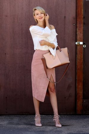 Asos Leather Skirt dusky pink casual look