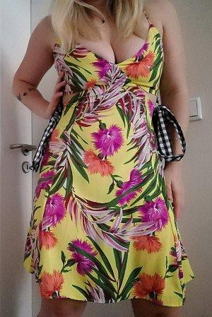 Asos Petite Kleid Blumenmuster 38
