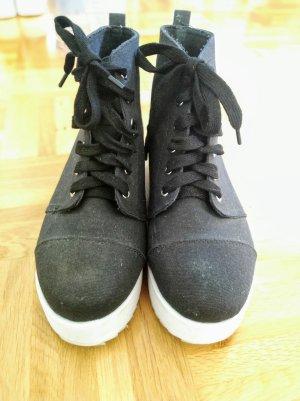 Asos Plataeu Schuhe in schwarz-weiss