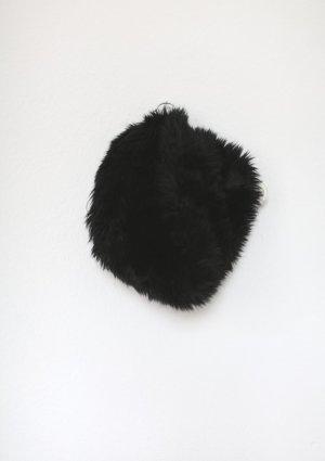 Asos Rundschal Loop Kunstpelz Kragen Fake Fur in schwarz wie neu