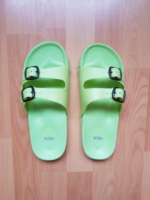 Asos Schuhe Slipper Gummislider Grün Pool Flip Flops Gummi Pantoletten