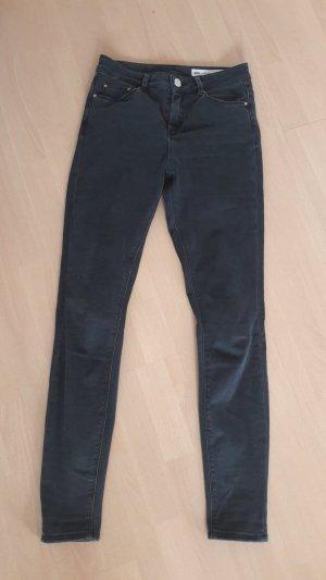 Asos Skinny Jeans Schwarzgrau Highwaist Black Washed out Röhre Slim fit