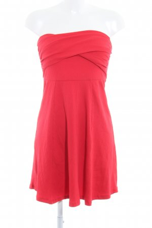 Asos Robe stretch rouge style festif