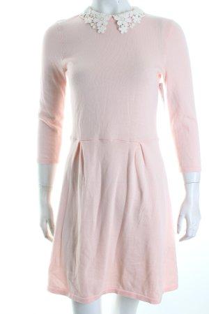 Asos Strickkleid rosé Romantik-Look