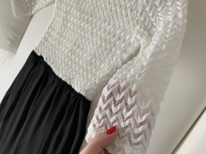 TFNC Robe en dentelle blanc-noir