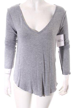 Asos V-Ausschnitt-Shirt hellgrau Casual-Look