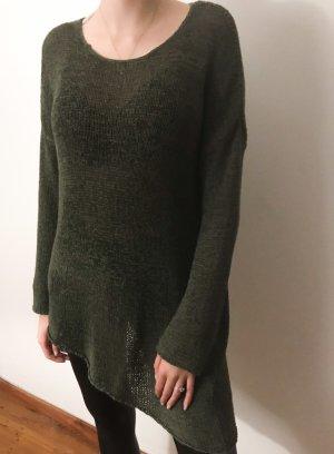 Asymmetrischer Grobstrick Pullover