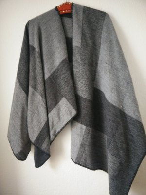 asymmetrisches Cape