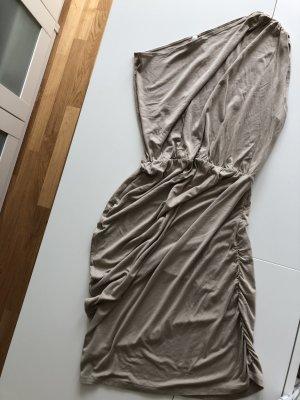 Asymmetrisches Kleid in nude von mellow peach,36