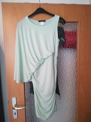 Asymmetrisches mintfarbenes Kleid
