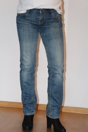 AT&T  Jeans Amor Trust & Truth  Gr. 40 / L32 Betty