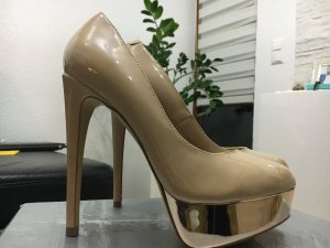 Atemberaubende High Heels Gr. 37 Steve Madden in beige mit Absatz in rose-gold