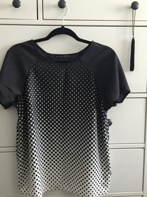Atmosphere black and white blouse