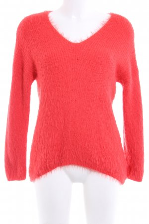 Atmosphere V-Neck Sweater red casual look