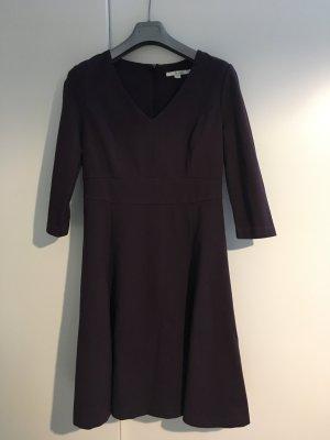 Auberginefarbenes Kleid Boden 38