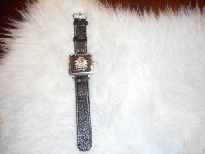 Auffällige ED HARDY Armbanduhr