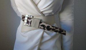Auffälliger 80s Vintage Taillengürtel mit Nieten und Felloptik Echtleder 75 80 85 weiß creme
