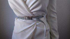 Auffälliger schmaler silberner Hüftgürtel mit Glitzer elegant Party 75 80 Perlen