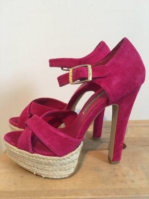Auffallende Pinke High Heels