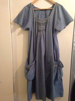 Aufwändig Verarbeitetes Kleid von Gudrun Sjörden