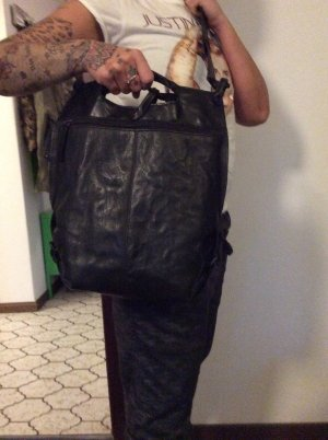 aunts & uncles Crossbody bag black leather
