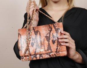 AURELIE Abendtasche aus veganem Leder in Schlangenoptik Orange Handtasche Tasche