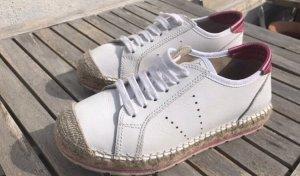Ausgefallen Schuhe von Ovye, 37