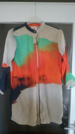 Ausgefallene Hemdbluse mit Farbverlauf