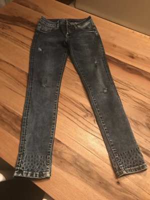 Ausgefallene Jeans