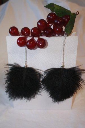 ausgefallene Ohrringe * Federn * Schwarz * nie getragen *