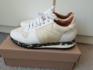 ausgefallene Sneaker,  Closed, neu