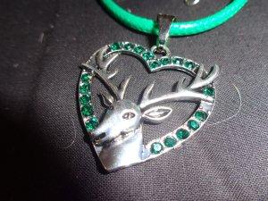 Collar estilo collier color plata-verde Fibra sintética