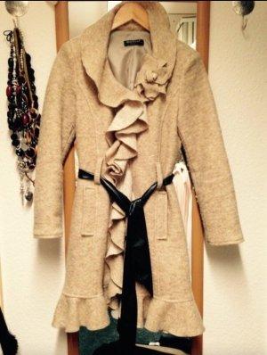 Ausgefallener mantel aus italien