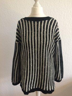Ausgefallener Pulli von Zara | Schwarz/Weiß