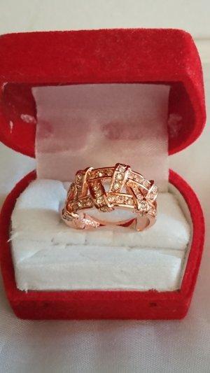 Ausgefallener rosa Gold Ring mit Zirkonia Steine Gr .18