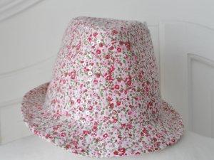 ausgefallener Sommer Hut mit Blumenmuster und Pailletten Gr. 57