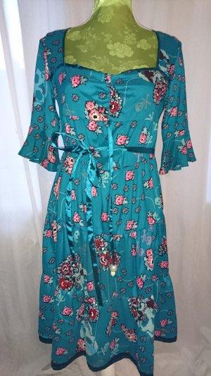 ausgefallenes Kleid von Killah