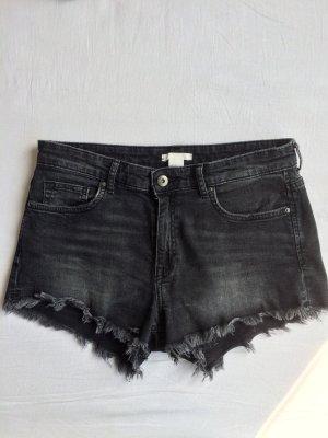 Ausgefranste Shorts