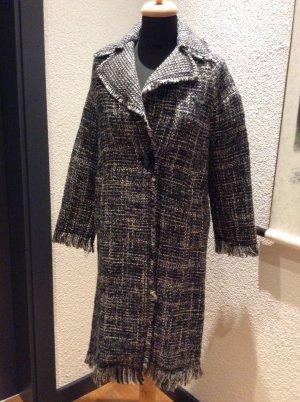 Ausgefranster Mantel von Zara
