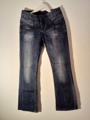 ausgestellte Jeans, Size 26