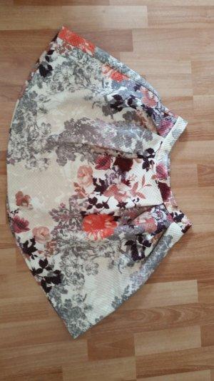 Ausgestellter Hüftrock mit Blumenmuster