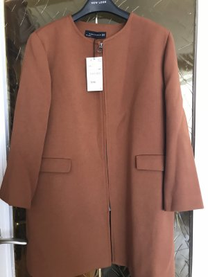 Ausgestellter Mantel Zara braun