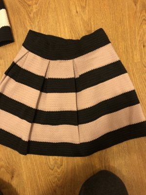 Amisu Circle Skirt black-pink